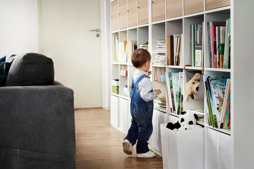Scaffali Ikea Per Bambini : Il catalogo ikea 2018 dal punto di vista di mamma e papà