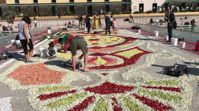 i-fiori-di-sanremo-all-infiorata-di-milano-360041.660x368
